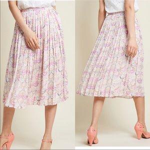 ModCloth Seashells Pleated Midi Skirt Size XS